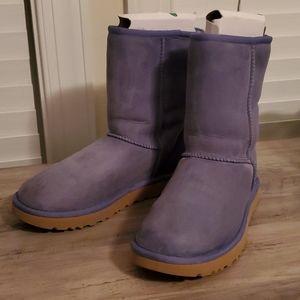 Authentic UGG AUSTRALIA Short Boots